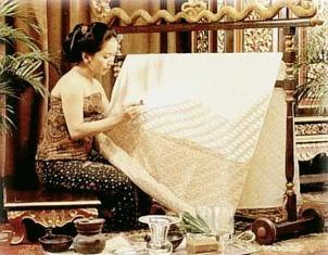 Proses Pembuatan Batik yang Sangat Rumit